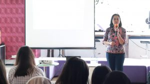 Kuliah Tamu Psikologi Ekonomi: Kupas Nilai-Nilai Budaya dan Proses Pengambilan Keputusan di Astra Internasional