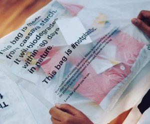 Geliat pelaku bisnis kreatif dalam memerangi sampah plastik di Indonesia