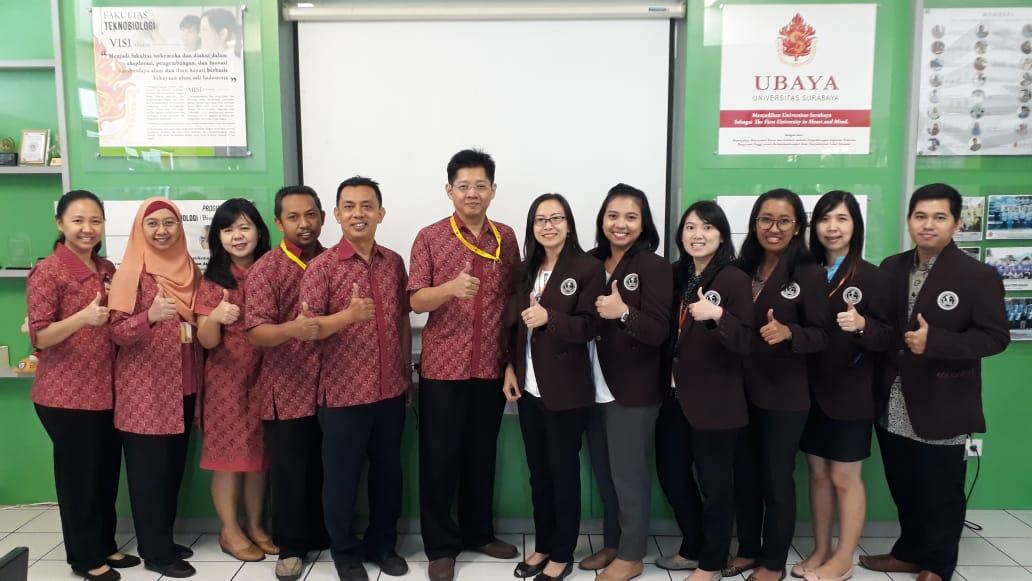 Studi Banding ke Universitas Surabaya. Surabaya, 11 Oktober 2018.jpg