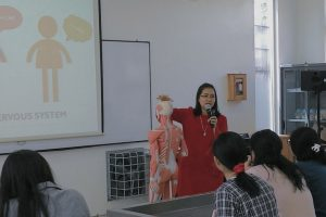 Belajar Sistem Saraf: Kuliah Kolaborasi Psikologi dan Kedokteran UC