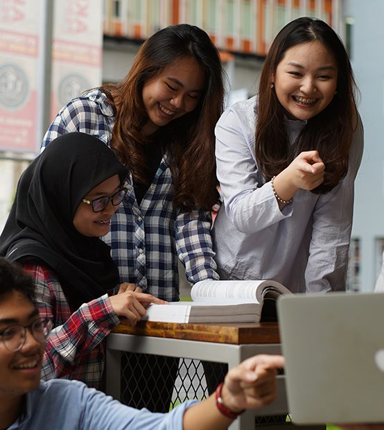 Dibekali Tiga Kompentensi Penting Sekaligus, Mahasiswa Leluasa Berlenggang di Dunia Kerja
